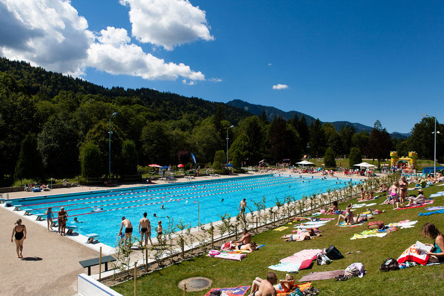 Morzine Olympic sized swimming pool